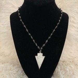 Jewelry - Black and white spear necklace